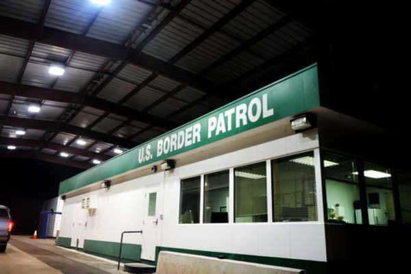 How To Cross US Border?